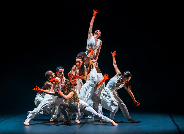 Aaron Chaplin, Carlos J. Martinez, Natalie Alleston, Vanessa Vince-Pang, Michael Marquez, Prentice Whitlow, Carmen Vazquez Marfil and Manon Adrianow in Jeanguy Saintus' <I>The Rite of Spring</I>.<br />© Tristram Kenton. (Click image for larger version)