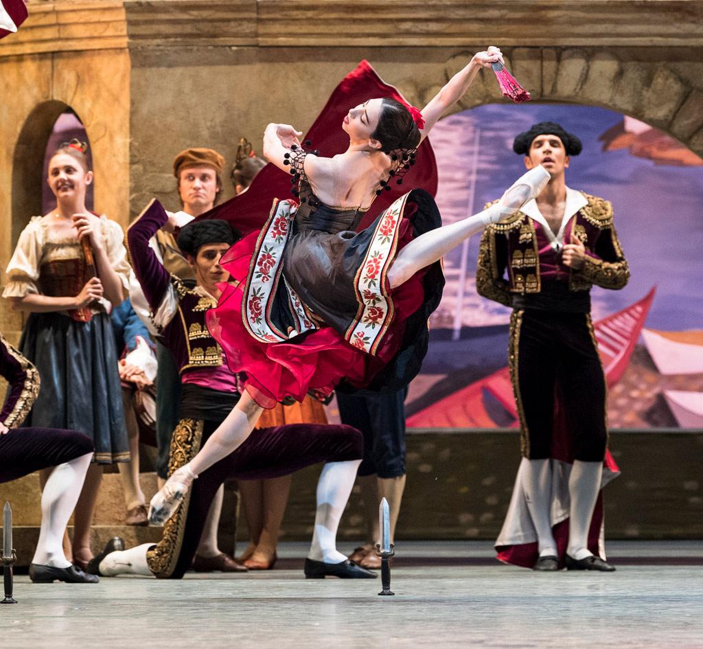 Ana Turazashvili in <I>Don Quixote</I> (rehearsal).<br />© Foteini Christofilopoulou. (Click image for larger version)