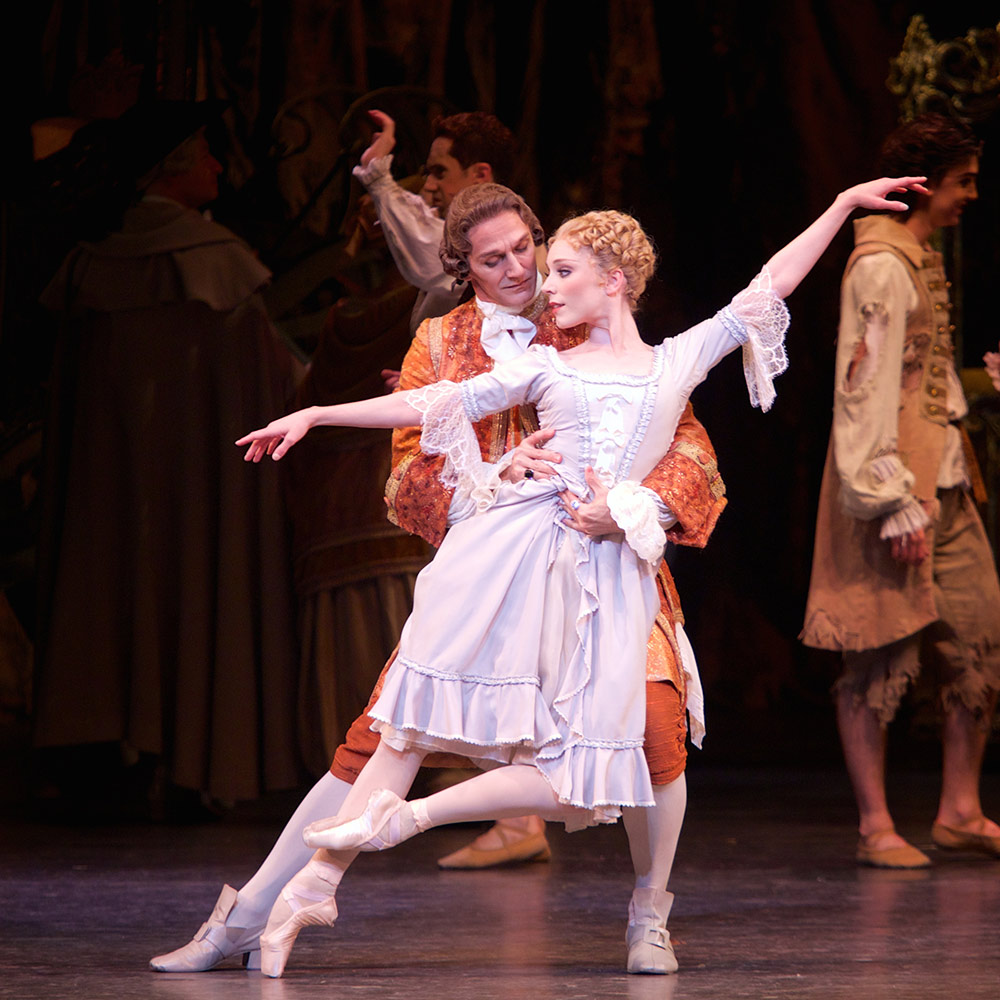 Sarah Lamb and Gary Avis in <I>Manon</I>.<br />© Alice Pennefather, courtesy the Royal Opera House. (Click image for larger version)