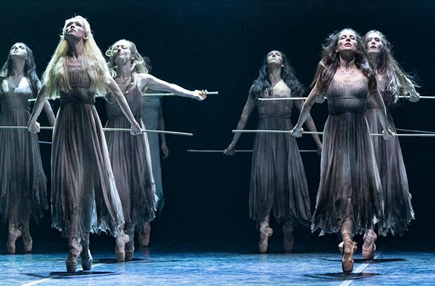 English National Ballet in <I>Giselle</I>.<br />© Foteini Christofilopoulou. (Click image for larger version)