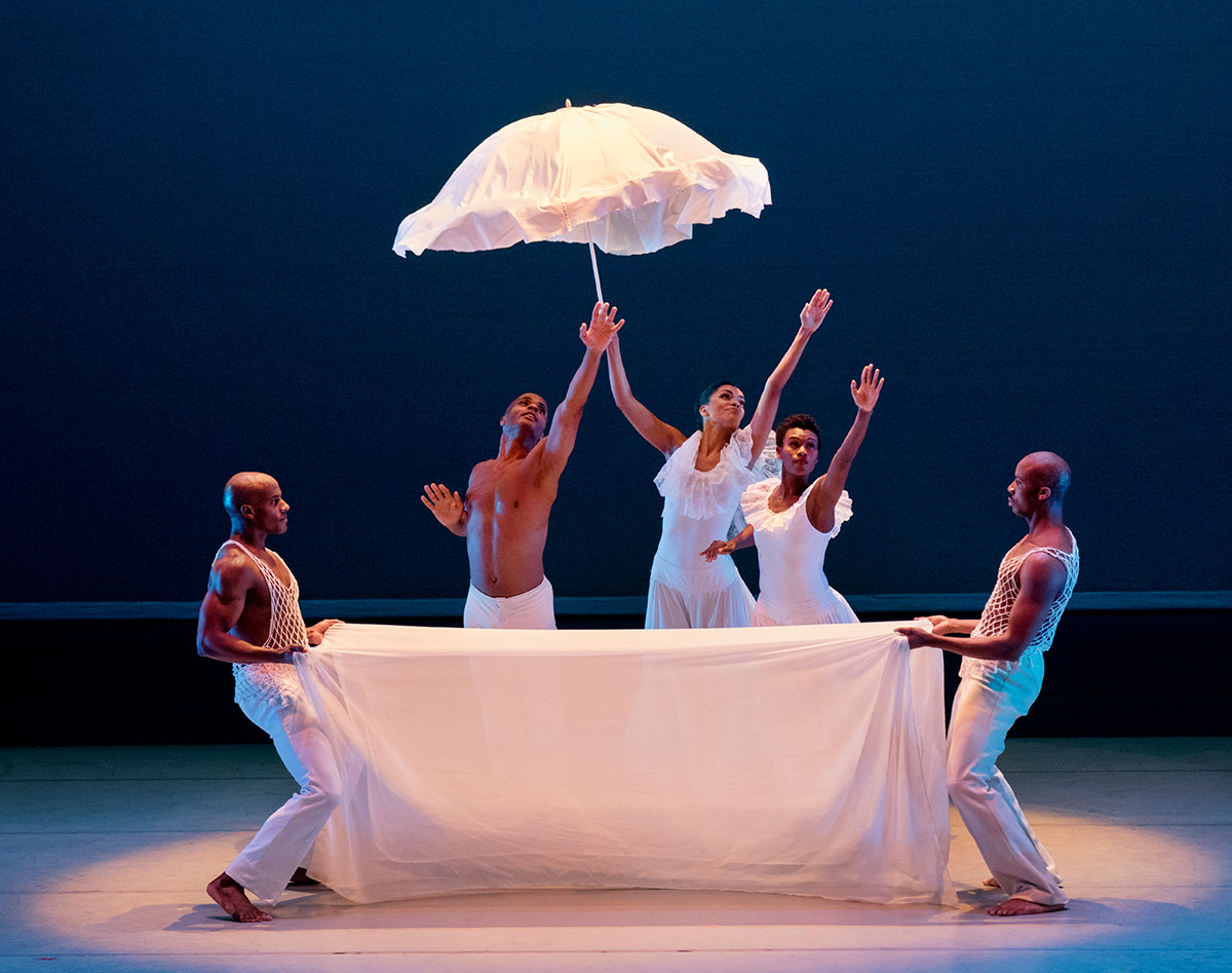 AAADT in Alvin Ailey's Revelations.© Paul Kolnik. (Click image for larger version)