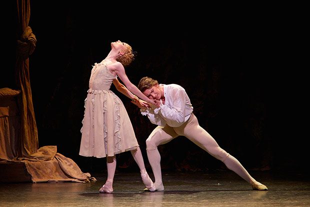 Sarah Lamb and Vadim Muntagirov in <I>Manon</I>.<br />© Alice Pennefather, courtesy the Royal Opera House. (Click image for larger version)