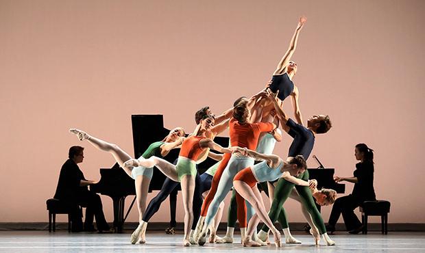 Houston Ballet in Justin Peck's <I>Reflections</I>.<br />© Amitava Sarkar. (Click image for larger version)