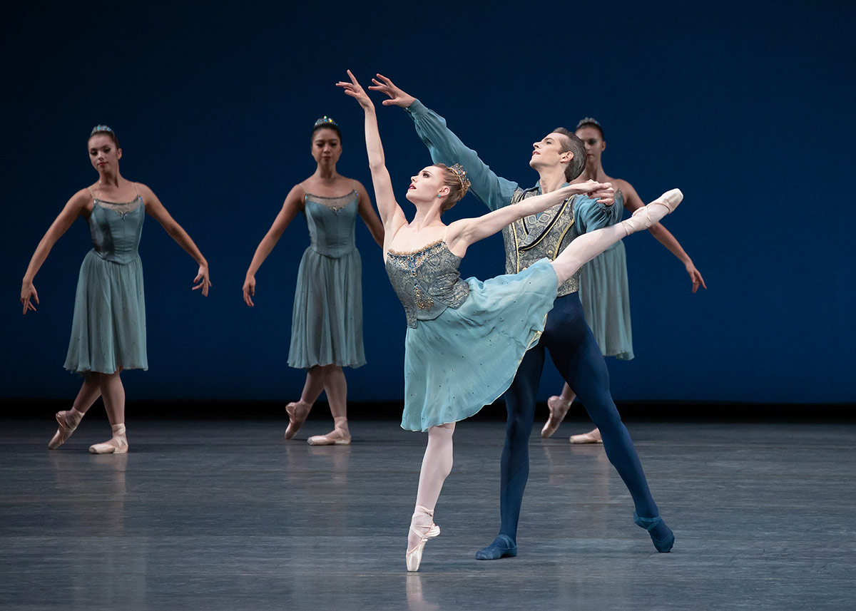 Sara Mearns and Russell Janzen in Balanchine's <I>Tschaikovsky Piano Concerto No. 2</I>.<br />© Erin Baiano. (Click image for larger version)