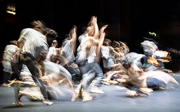 CCN Ballet de Lorraine in For Four Walls.© Foteini Christofilopoulou. (Click image for larger version)