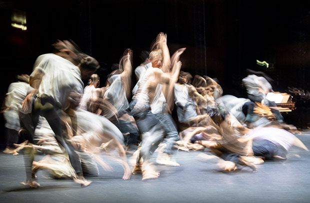 CNN Ballet de Lorraine in <I>For Four Walls</I>. © Foteini Christofilopoulou. (Click image for larger version)