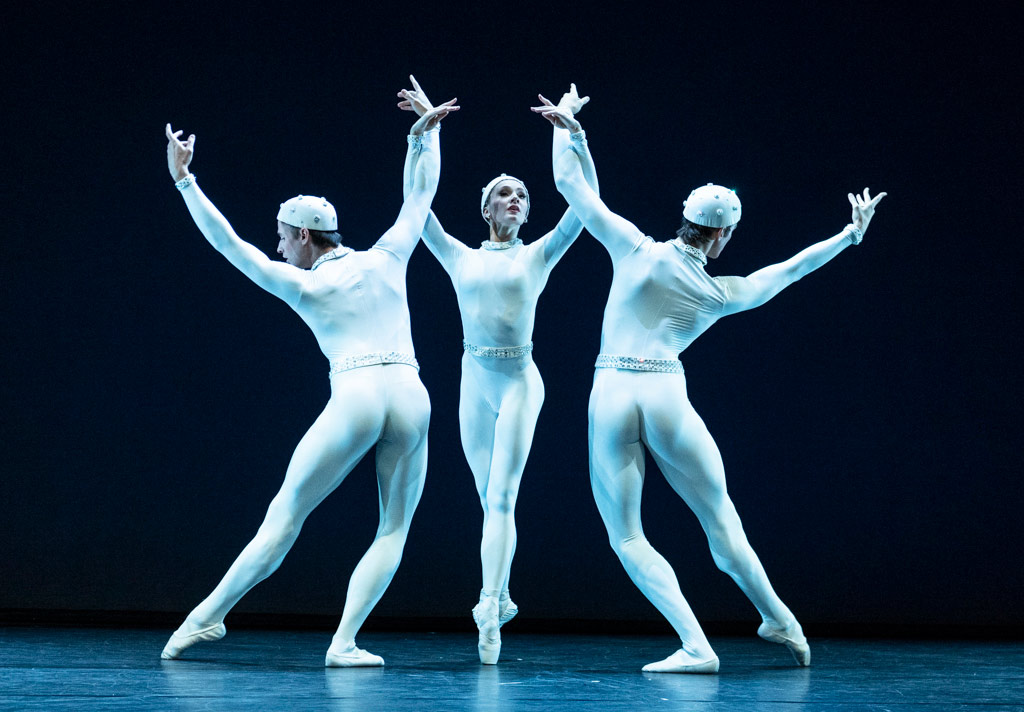 Monotones II by Frederick Ashton: Nicol Edmunds, Melissa Hamilton and Reece Clarke.© Foteini Christofilopoulou, courtesy the Royal Opera House. (Click image for larger version)