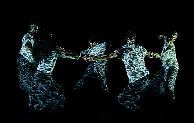 Russell Maliphant Dance Company in Silent Lines.© Martin Collins. (Click image for larger version)