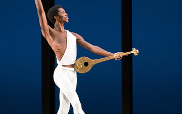 Calvin Royal III in Apollo. © The George Balanchine Trust.© Rosalie O'Connor. (Click image for larger version)