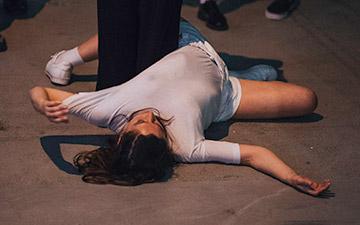Fernanda Muñoz-Newsome's Inchoate Buzz.© Ayka Lux. (Click image for larger version)