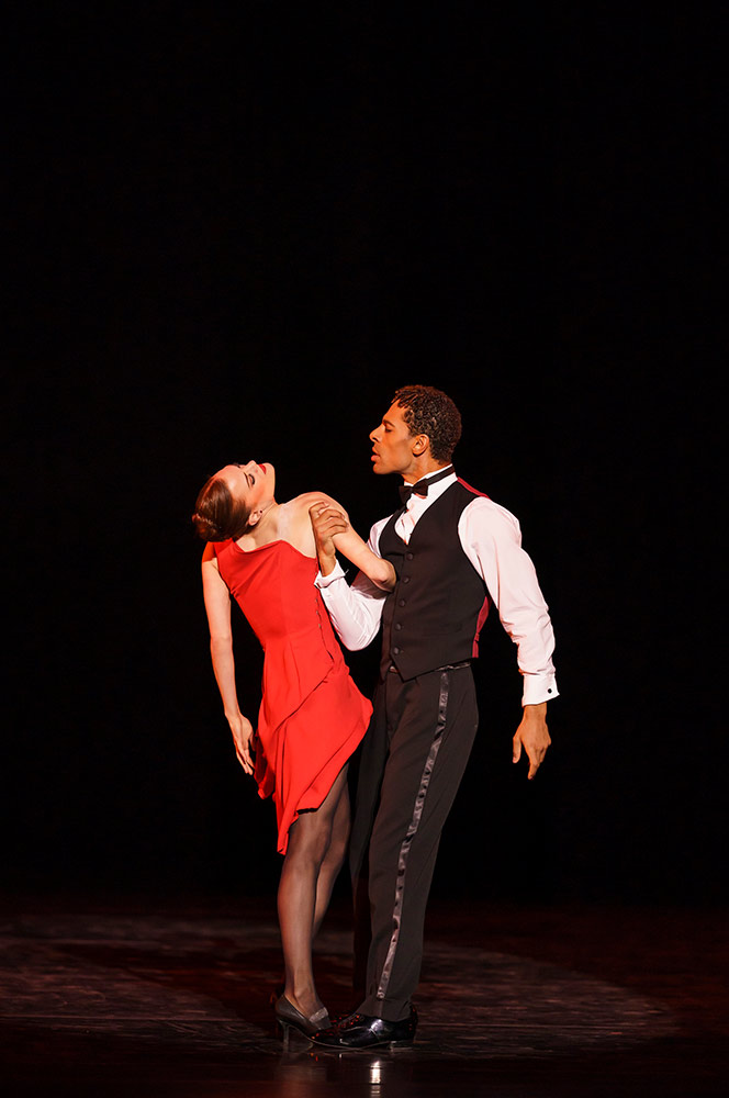 Delia Matthews and Tyrone Singleton in <I>Nine Sinatra Songs</I>.<br />© Bill Cooper. (Click image for larger version)