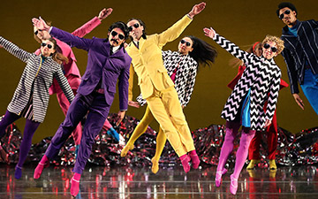 Mark Morris Dance Group in Pepperland.© Gareth Jones. (Click image for larger version)