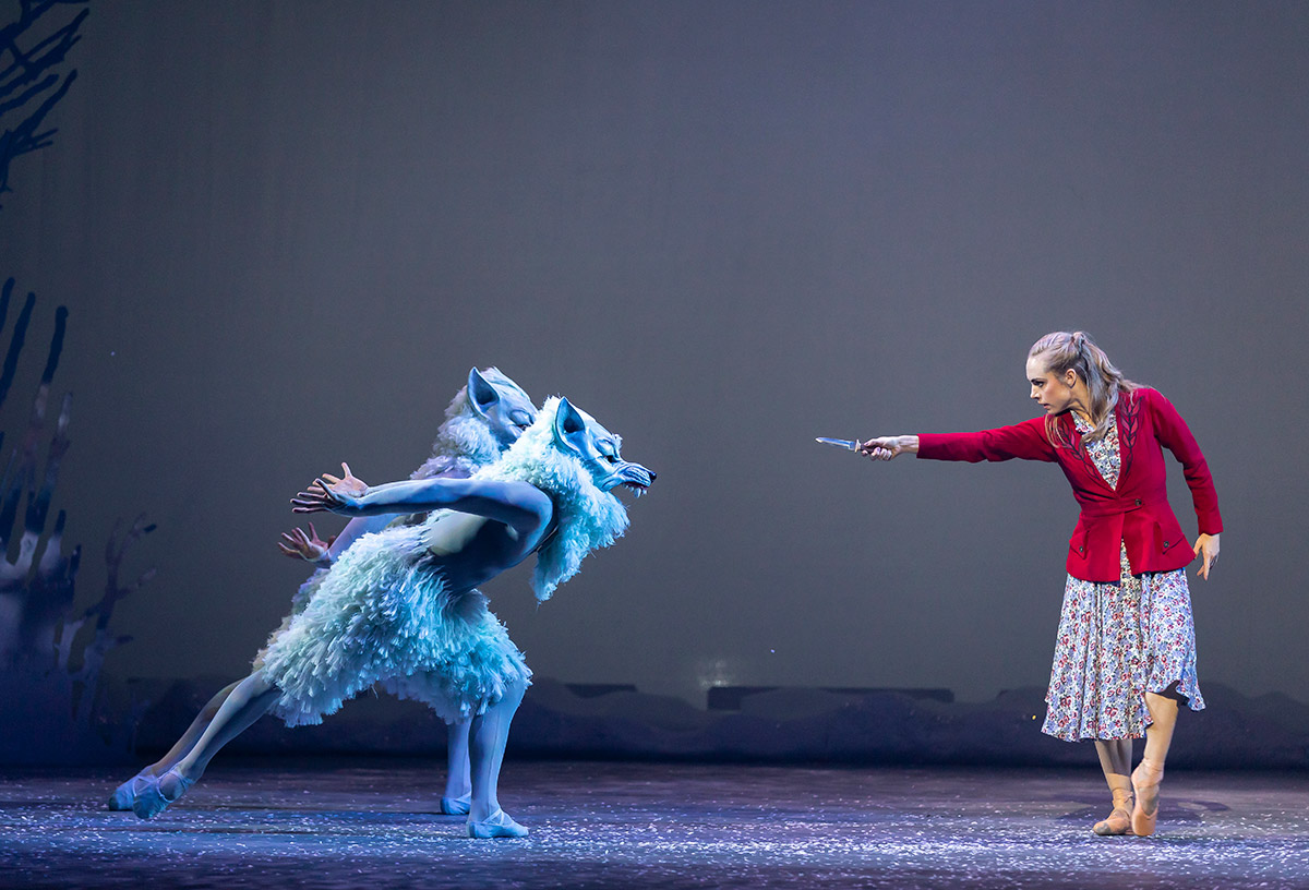 Bethany Kingsley-Garner in The Snow Queen.© Andy Ross. (Click image for larger version)