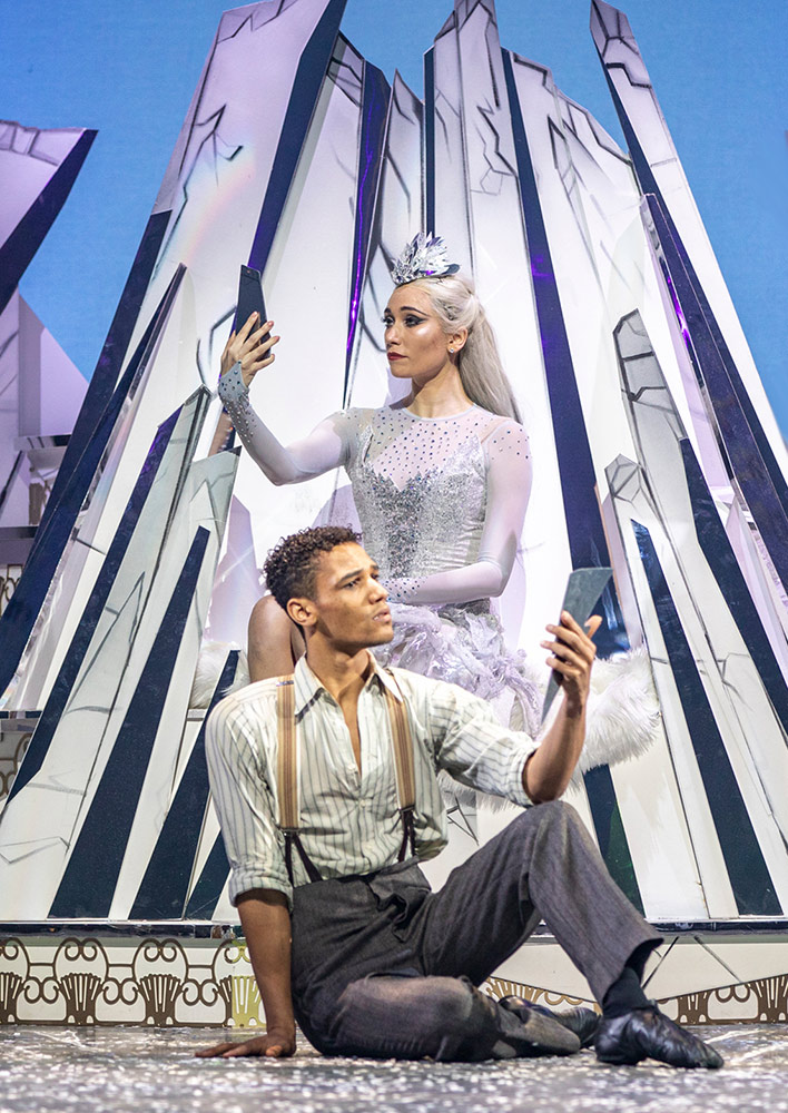 Araminta Wraith and Jerome Barnes in <I>The Snow Queen</I>.<br />© Andy Ross. (Click image for larger version)