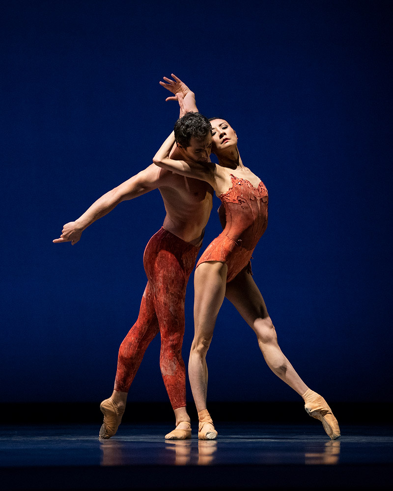Yuan Yuan Tan and Vitor Luiz in pas de deux from Possokhov's Bells.© Erik Tomasson. (Click image for larger version)