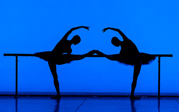 English National Ballet in Etudes.© Foteini Christofilopoulou. (Click image for larger version)