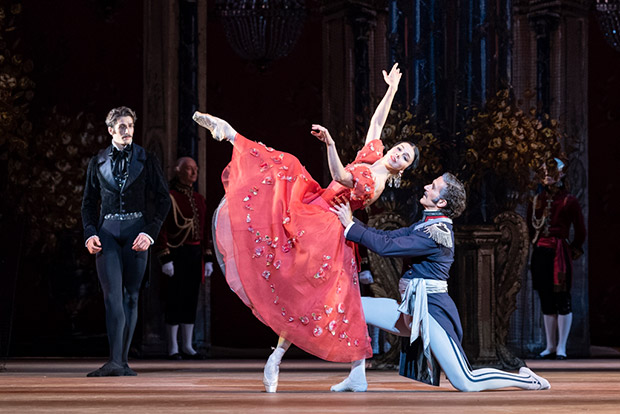 Natalia Osipova and Gary Avis in <I>Onegin</I>.<br />© Foteini Christofilopoulou, courtesy the Royal Opera House. (Click image for larger version)