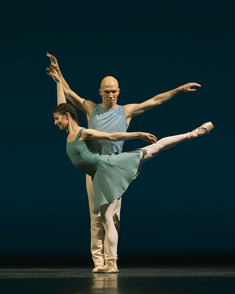 Alina Cojocaru and Johan Kobborg in <I>Reminiscence</I>.<br />© Andrej Uspenski. (Click image for larger version)