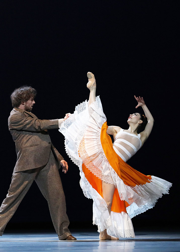 Maia Makhateli and James Stout in Frida.© Hans Gerritsen. (Click image for larger version)
