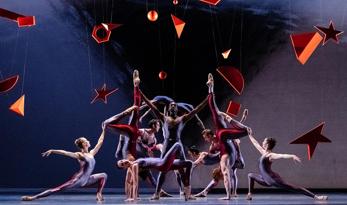 National Ballet of Canada in Piano Concerto #1.© Karolina Kuras. (Click image for larger version)