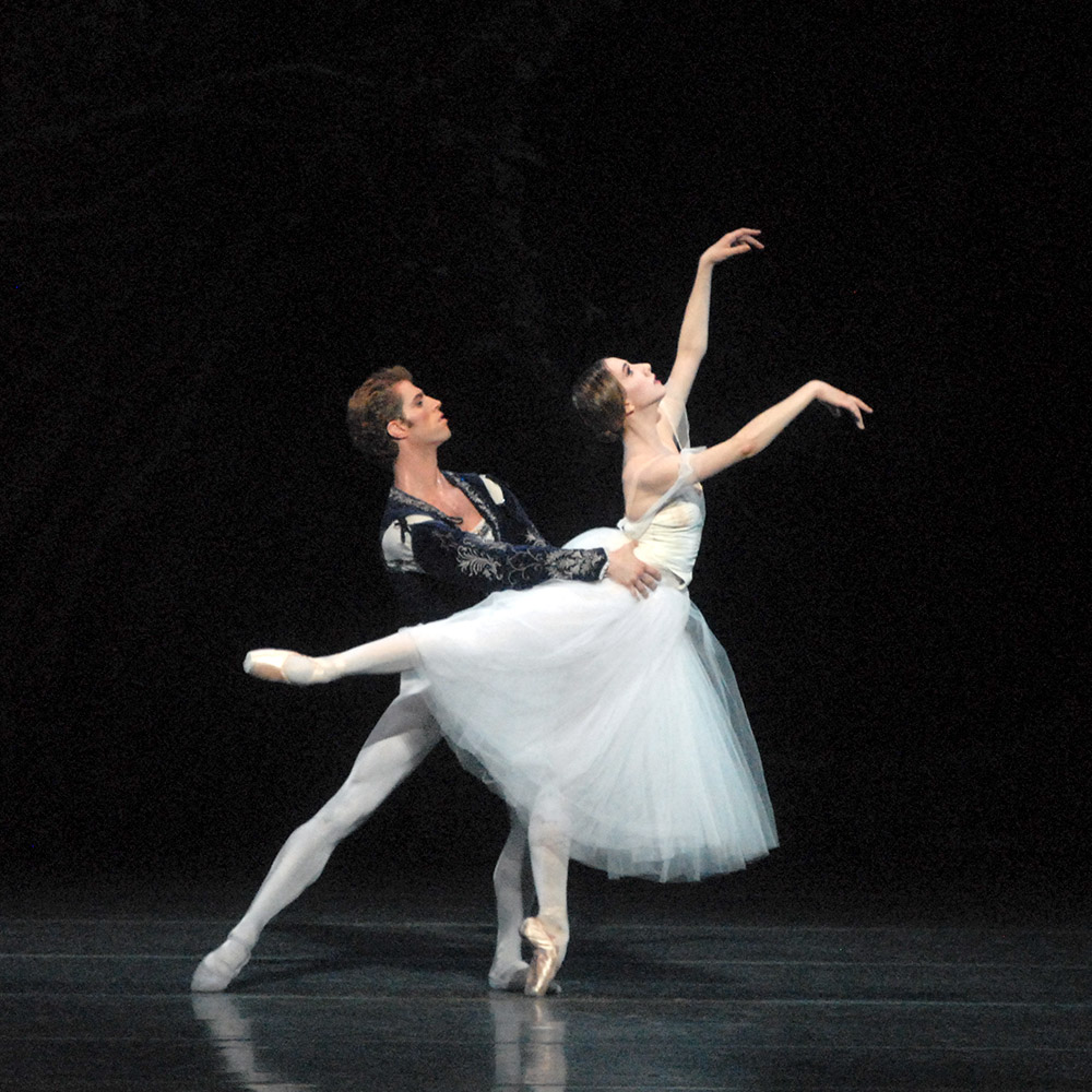 Isabella Boylston and James Whiteside in Giselle.© MIRA. (Click image for larger version)
