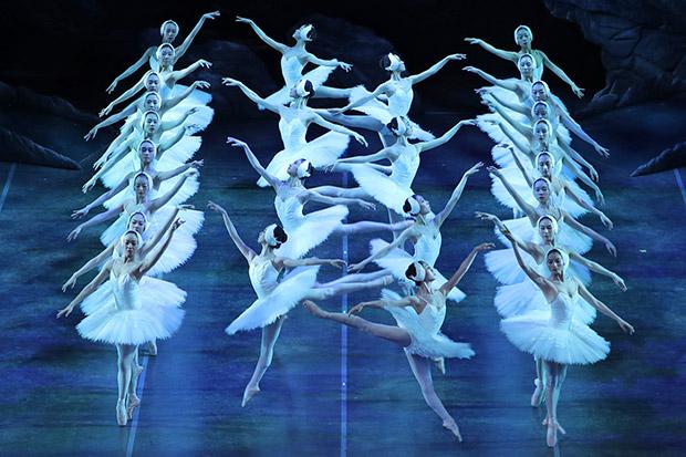 Shanghai Ballet in <I>Swan Lake</I>.<br />© North America Photography Association. (Click image for larger version)