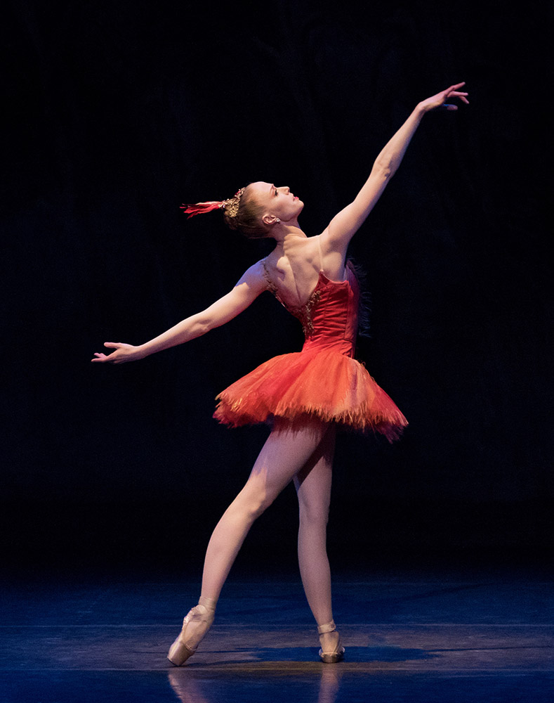 Teresa Reichlen in Balanchine's Firebird.© Paul Kolnik. (Click image for larger version)