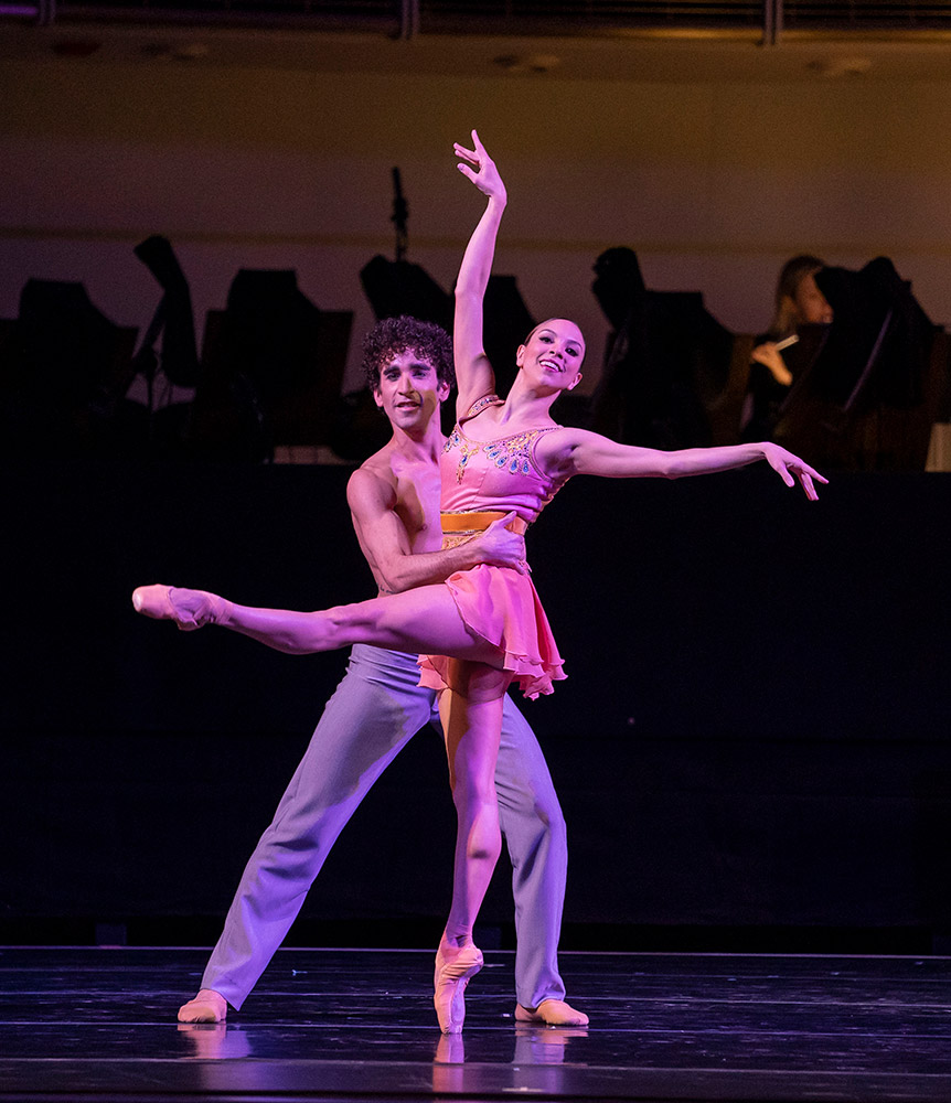 Anais Bueno and Edson Barbosa in Bliss!.© Cheryl Mann. (Click image for larger version)