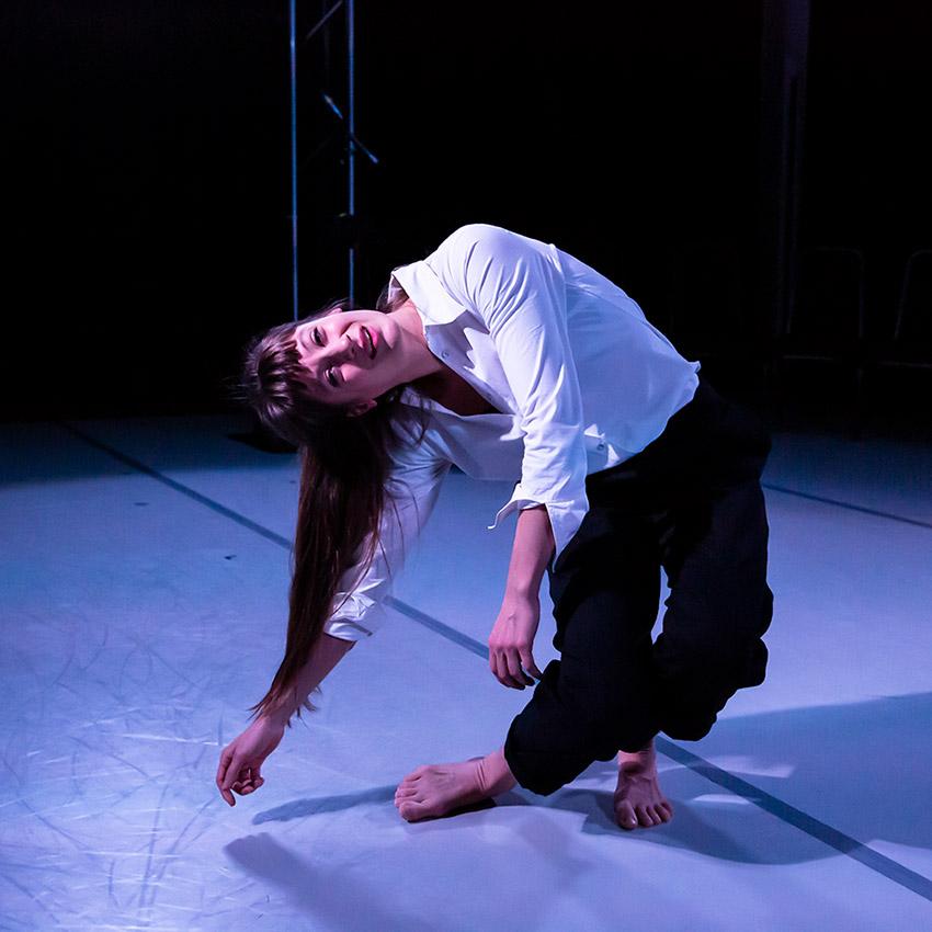 Solène Weinachter for Scottish Dance Theatre in <I>Antigone, Interrupted</I>.<br />© Maria Falconer. (Click image for larger version)
