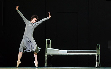 Natalia Osipova in Anastasia.© Foteini Christofilopoulou, courtesy the Royal Opera House. (Click image for larger version)
