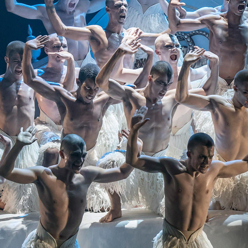 New Adventures in Matthew Bourne's Swan Lake.© Johan Persson. (Click image for larger version)