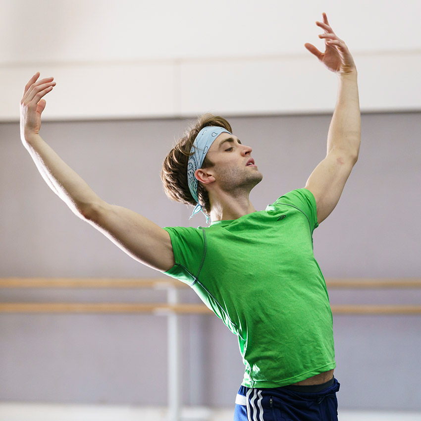 Matthew Ball in rehearsal.© Bill Cooper, courtesy the Royal Opera House. (Click image for larger version)