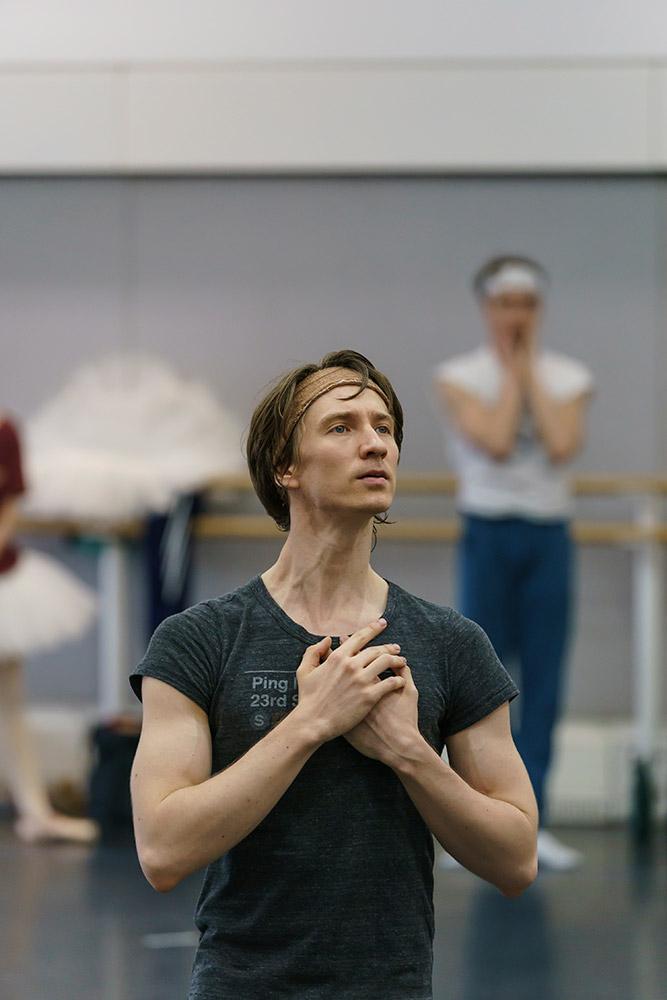 Vadim Muntagirov in rehearsal for Swan Lake.© Bill Cooper, courtesy the Royal Opera House. (Click image for larger version)