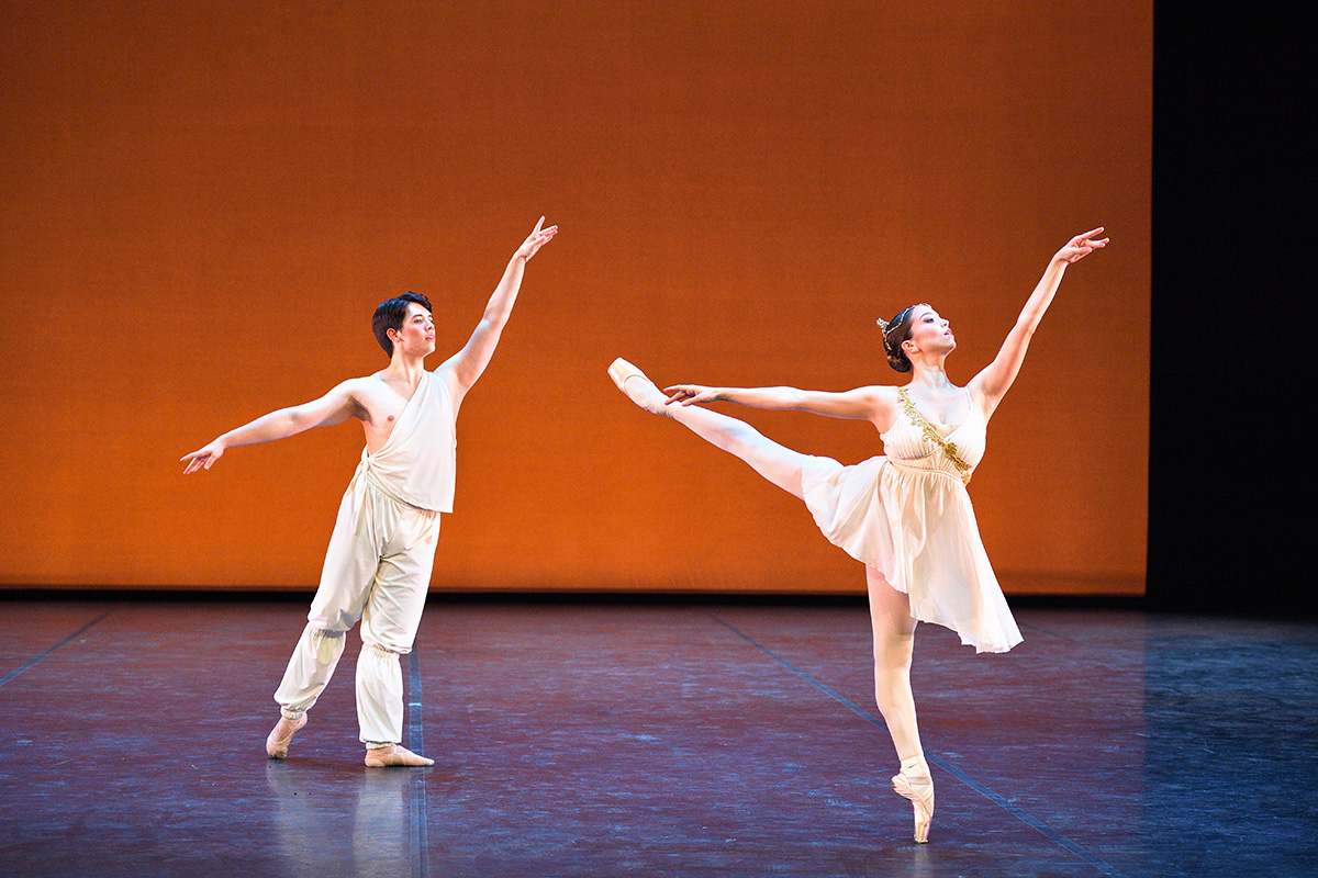 Ivana Bueno and William Yamada in the <I>Talisman</I> pas de deux.<br />© Laurent Liotardo. (Click image for larger version)