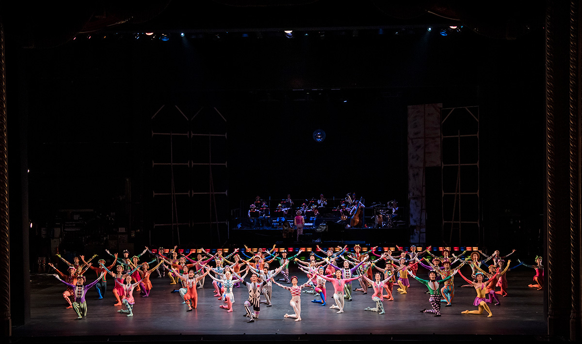 The Royal Ballet in Elite Syncopations.© Tristram Kenton ROH. (Click image for larger version)