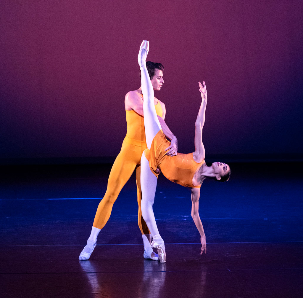 Yasmine Naghdi and Nicol Edmonds in Concerto.© Foteini Christofilopoulou, courtesy the Royal Opera House. (Click image for larger version)