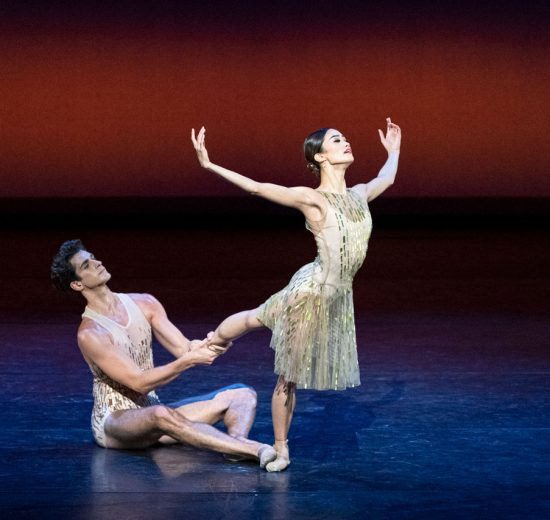 Fumi Kaneko and Reece Clarke in Within the Golden Hour.© Foteini Christofilopoulou, courtesy the Royal Opera House. (Click image for larger version)