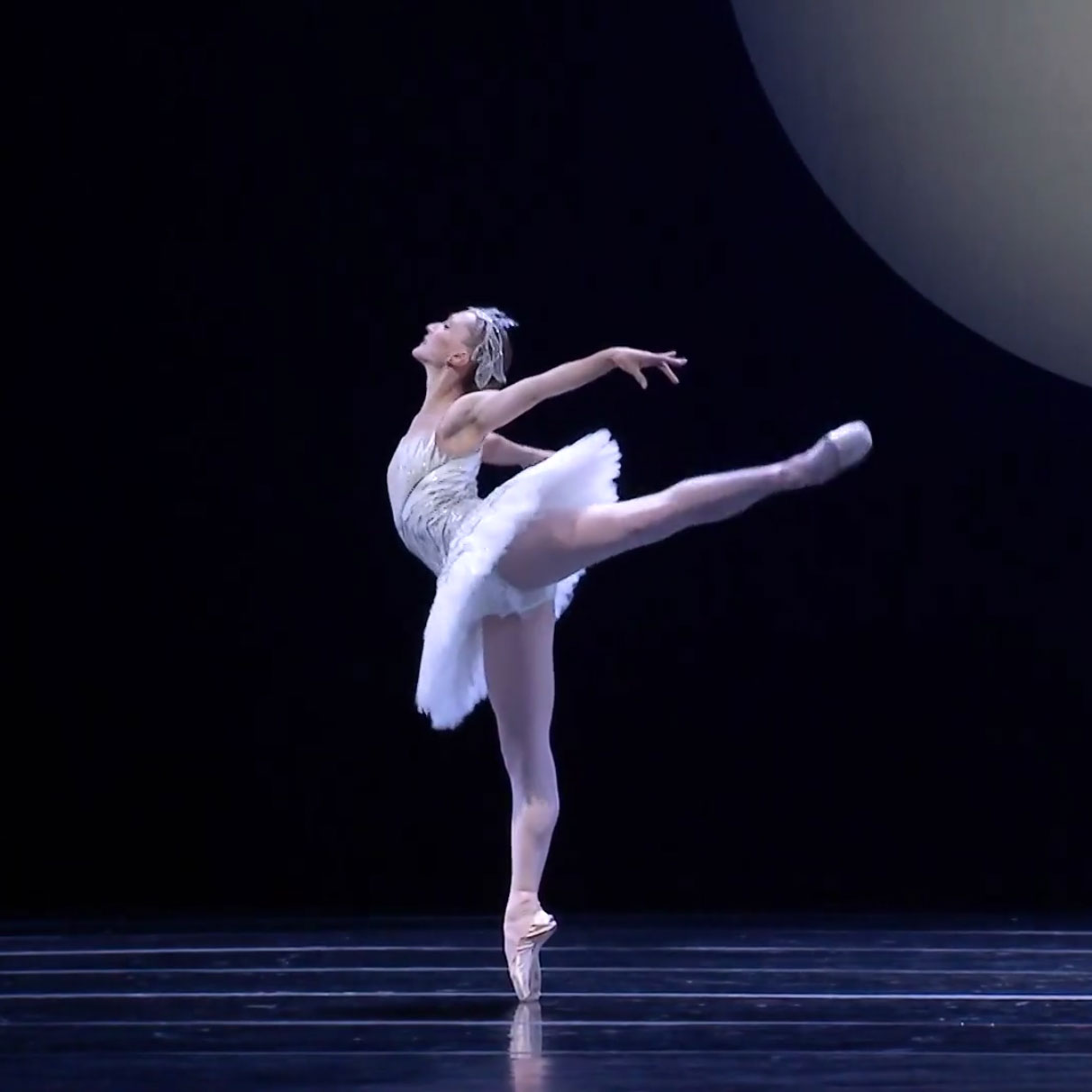Elizabeth Murphy in Kent Stowell's Swan Lake - screen grab.© Pacific Northwest Ballet. (Click image for larger version)