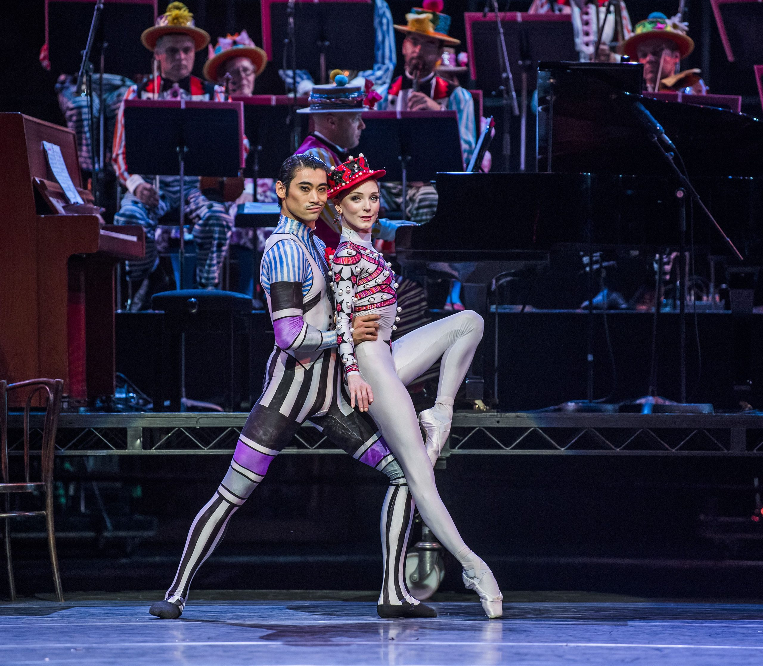 Sarah Lamb and Ryoichi Hirano in Elite Syncopations.© Tristram Kenton, ROH 2018. (Click image for larger version)