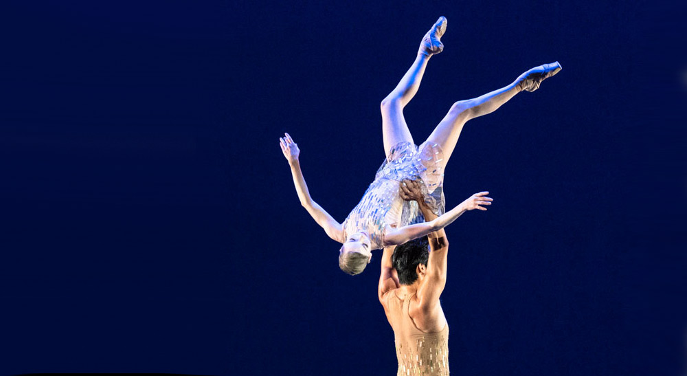 A dance world turned upside down in 2020 - Sarah Lamb and Ryoichi Hirano in Christopher Wheeldon's <I>Within the Golden Hour</I> for the Royal Ballet. © Foteini Christofilopoulou, courtesy the Royal Opera House. (Click image for larger version)