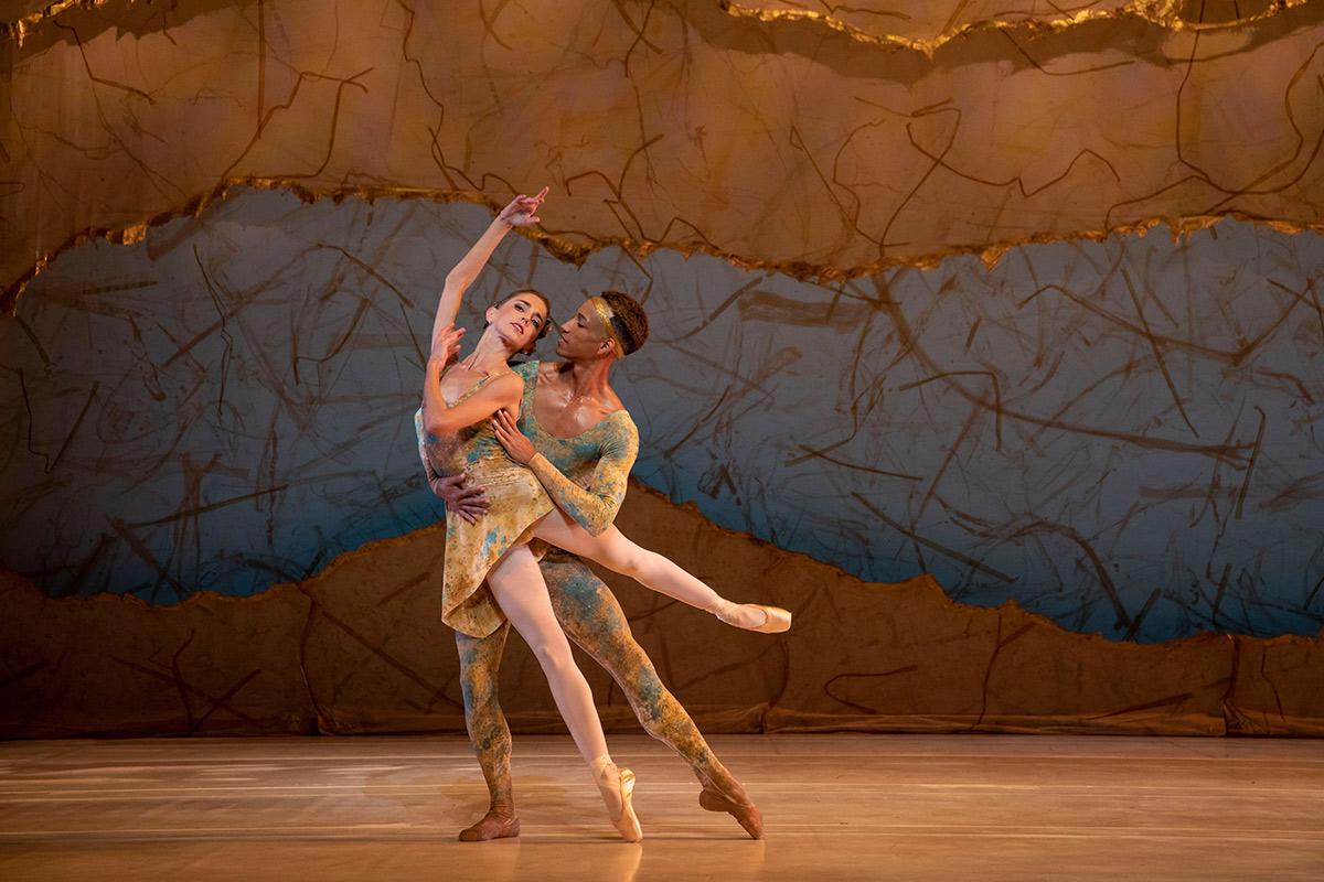 Ellen Overstreet and Ricardo Rhodes in Peter Wright's <I>Summertide</I>.<br />© Matthew Holler/Sarasota Ballet. (Click image for larger version)