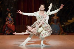 Elisa Badenes and Friedemann Vogel in Marcia Haydée's The Sleeping Beauty.© Stuttgart Ballett. (Click image for larger version)