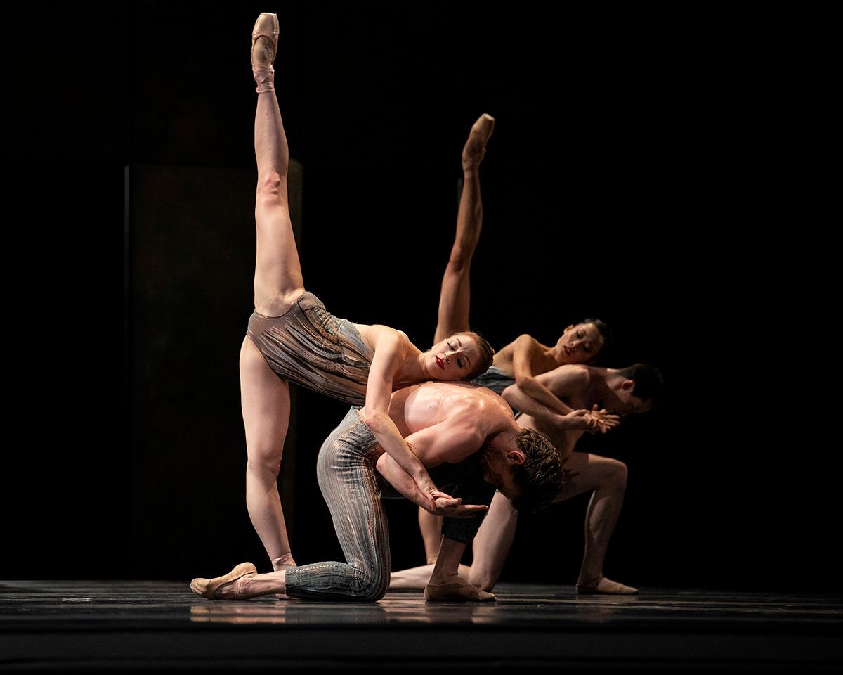 San Francisco Ballet in Rhoden's Let's Begin At The End.© Erik Tomasson. (Click image for larger version)