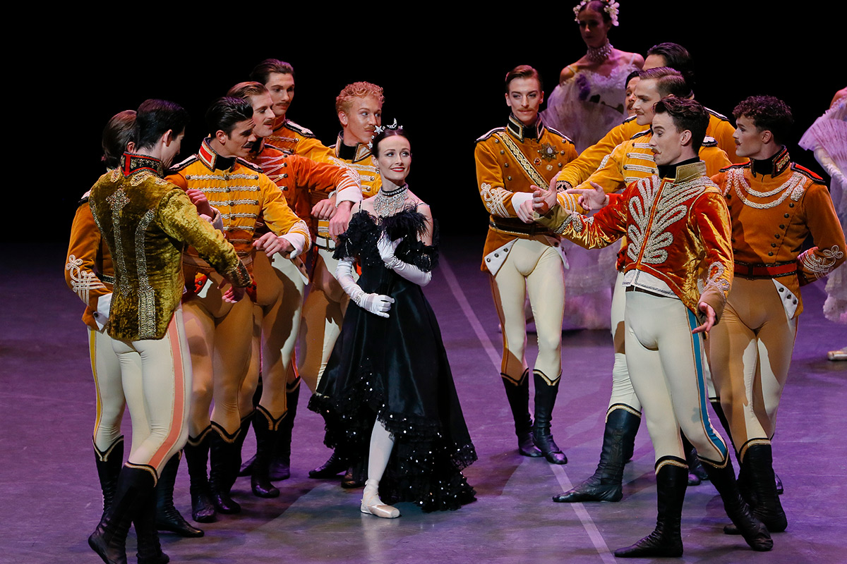 Amber Scott and the company in The Merry Widow.© Jeff Busby. (Click image for larger version)