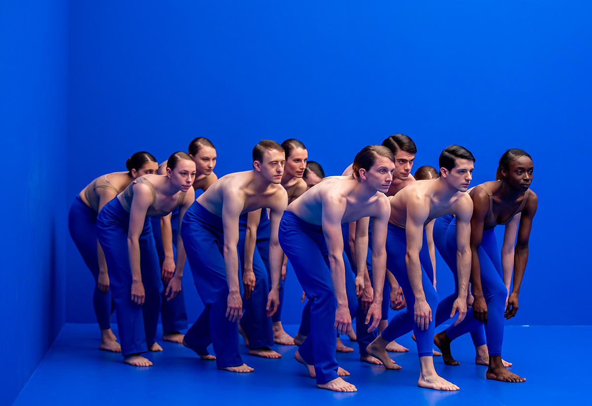 Scottish Ballet in Sophie Laplane's <I>Dive</I>.<br />© Andy Ross. (Click image for larger version)