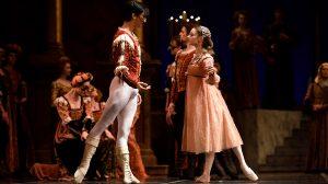 Maria Kochetkova and Davit Karapetyan in Tomasson's Romeo and Juliet.© Erik Tomasson. (Click image for larger version)