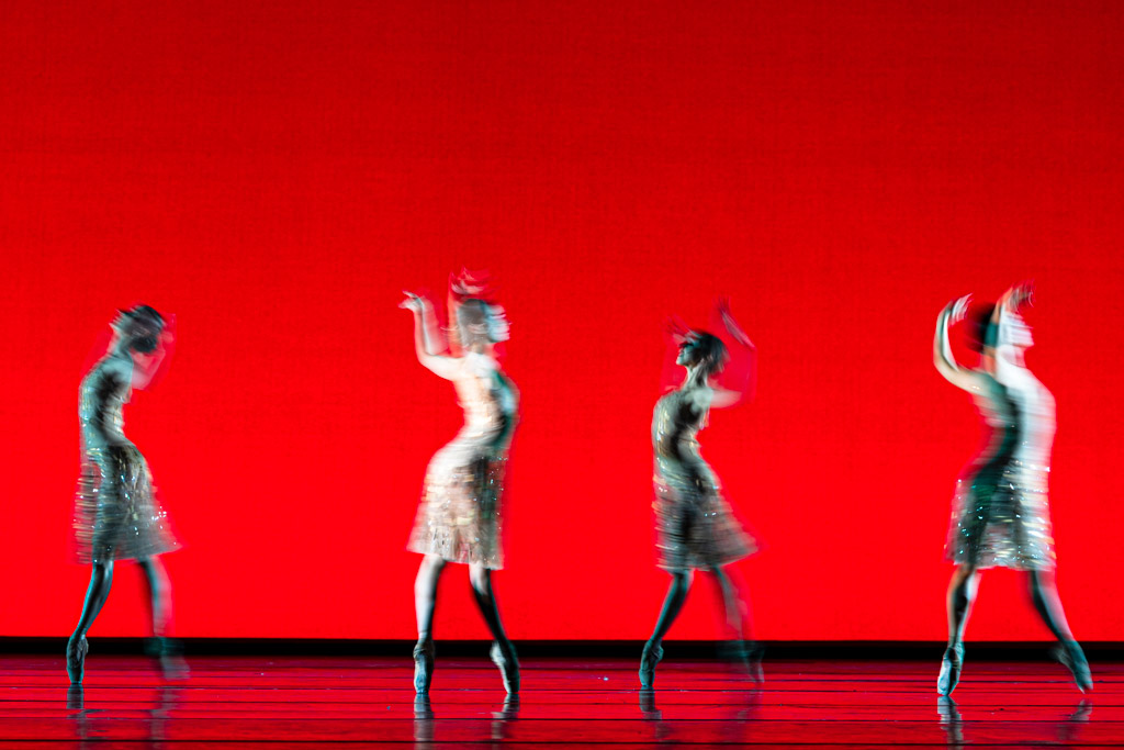 The Royal Ballet in Christopher Wheeldon's <I>Within the Golden Hour</I>.<br />© Foteini Christofilopoulou, courtesy the Royal Opera House. (Click image for larger version)