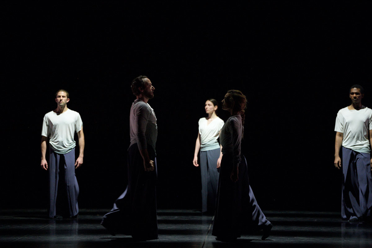 English National Ballet in Maliphant's <I>Echoes</I>.<br />© Laurent Liotardo. (Click image for larger version)