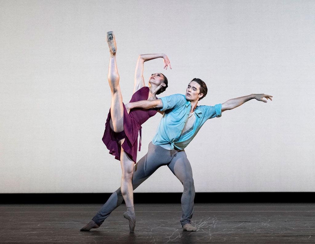 Mariko Sasaki and Lukas Bjørneboe Brændsrød in <I>Anemoi</I>.<br />© Foteini Christofilopoulou, courtesy the Royal Opera House. (Click image for larger version)