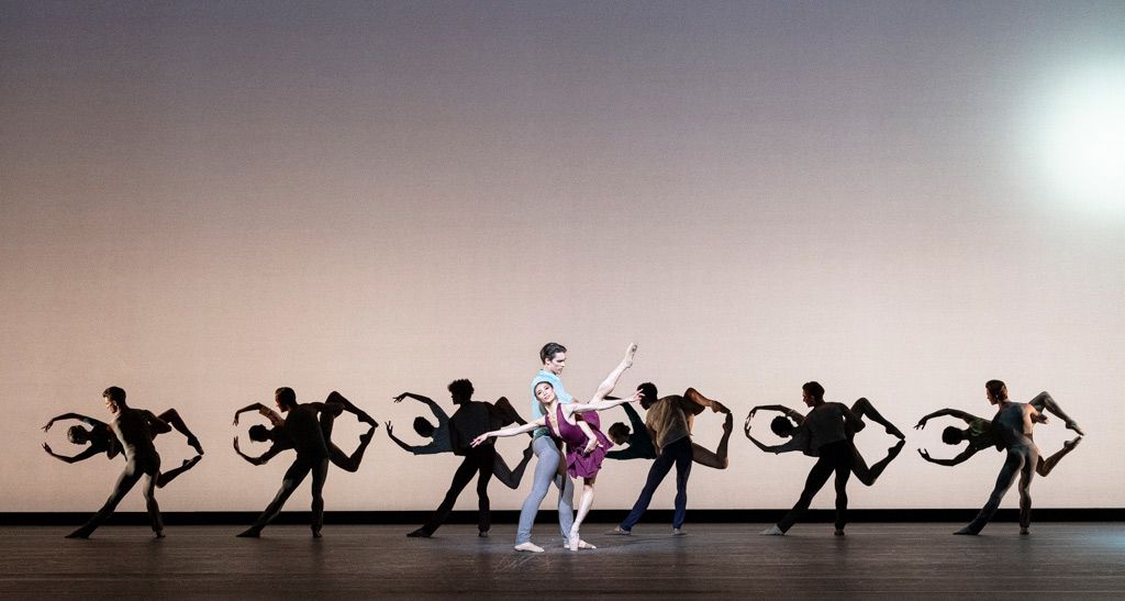 The Royal Ballet in <I>Anemoi</I>.<br />© Foteini Christofilopoulou, courtesy the Royal Opera House. (Click image for larger version)